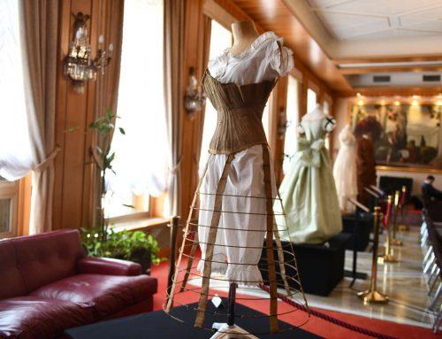 """Rolli Days: in Carige la mostra """"Genova crocevia della moda""""- BJLiguria"""