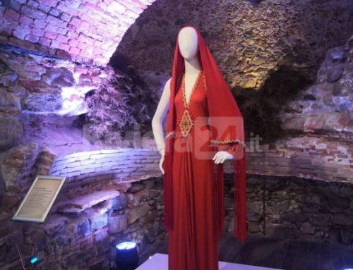 Riviera24 -La storia del Festival di Sanremo in mostra al Forte di Santa Tecla fotogallery