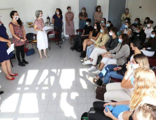 Couture-Suture, il foulard dell'Anemone DAPHNÉ espressione di etica e unione transculturale